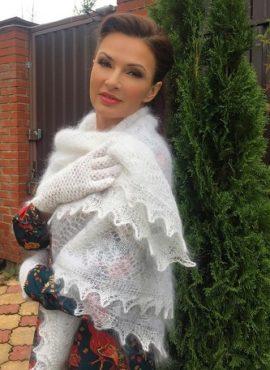 Пуховый платок «Паутинка» белый